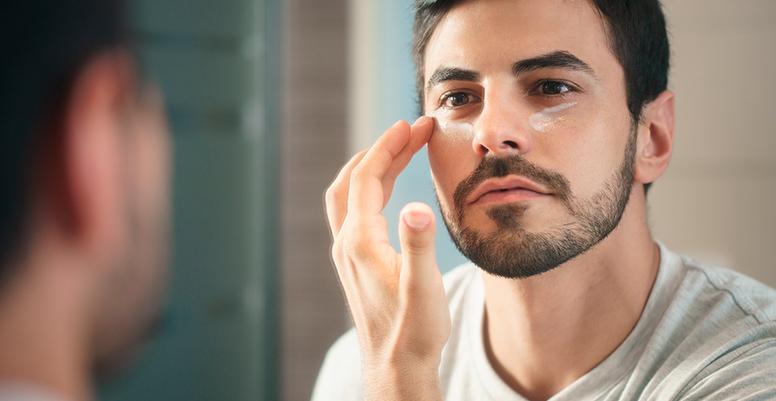 Contorno De Ojos Para Hombres Por Qué Ellos También Deberían Usarlo